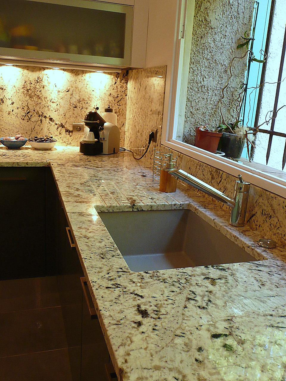 florenza white france azur. Black Bedroom Furniture Sets. Home Design Ideas