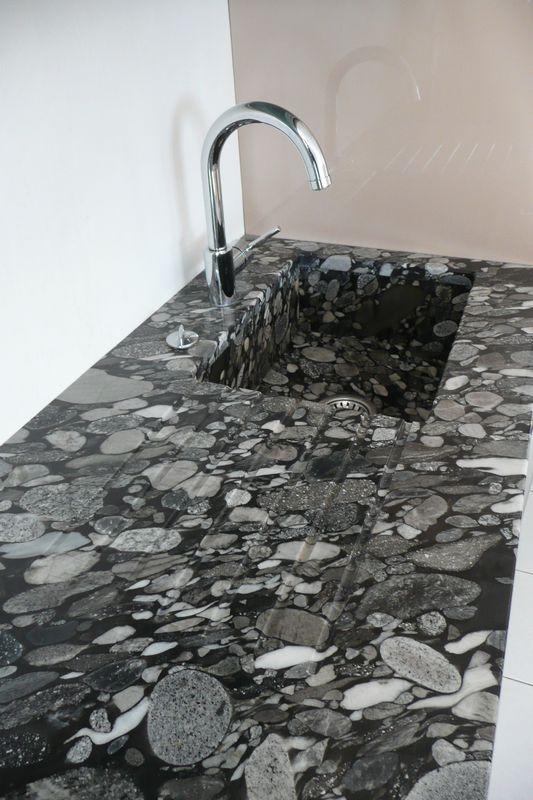 cuisine granit marinace noir france azur. Black Bedroom Furniture Sets. Home Design Ideas